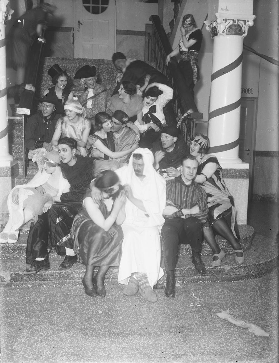 Teatergruppe i gamle Elvarheim.