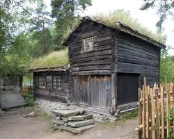 Oppstue fra Bakarplassen, Mjøen i Oppdal
