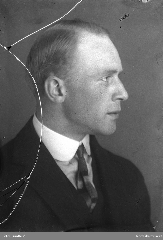Porträtt av en man, troligen fotografen Gunnar Lundh