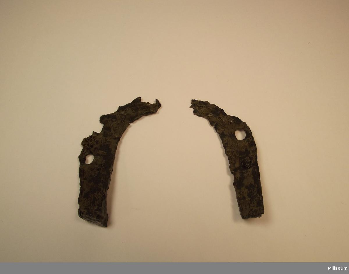 Hästsko, i två delar, från mitten av 1500-talet.