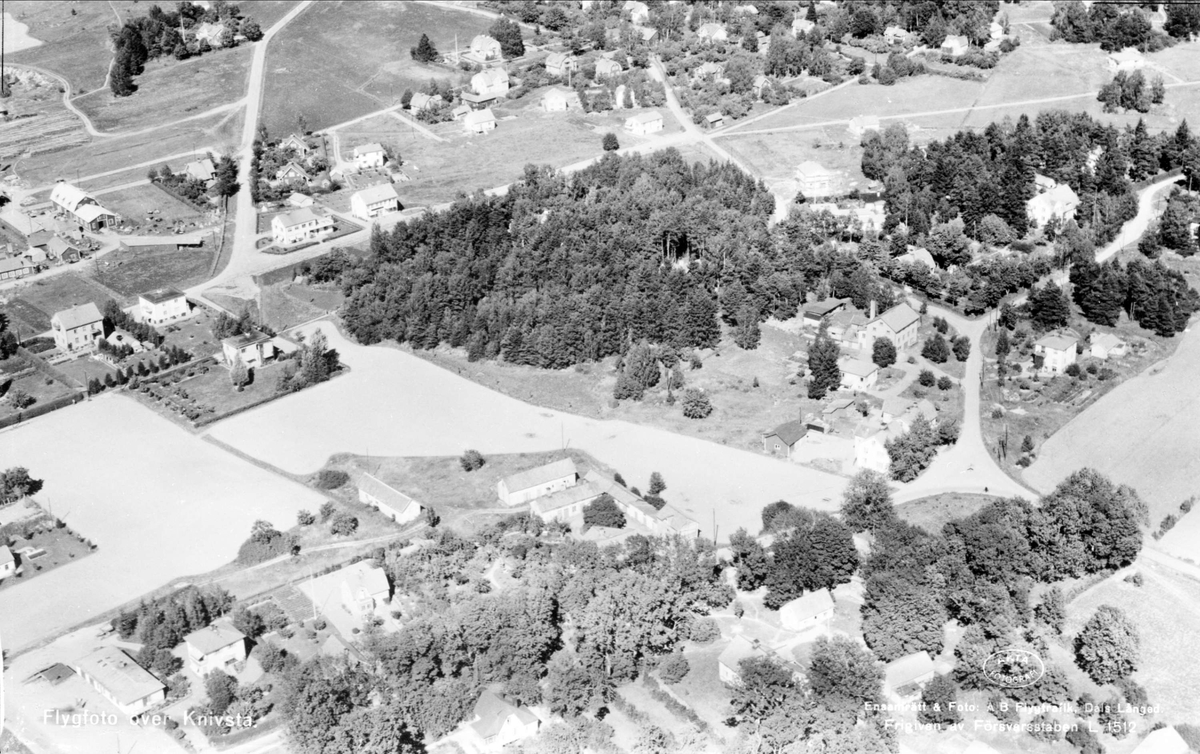 Flygfoto över Knivsta, Uppland 1950
