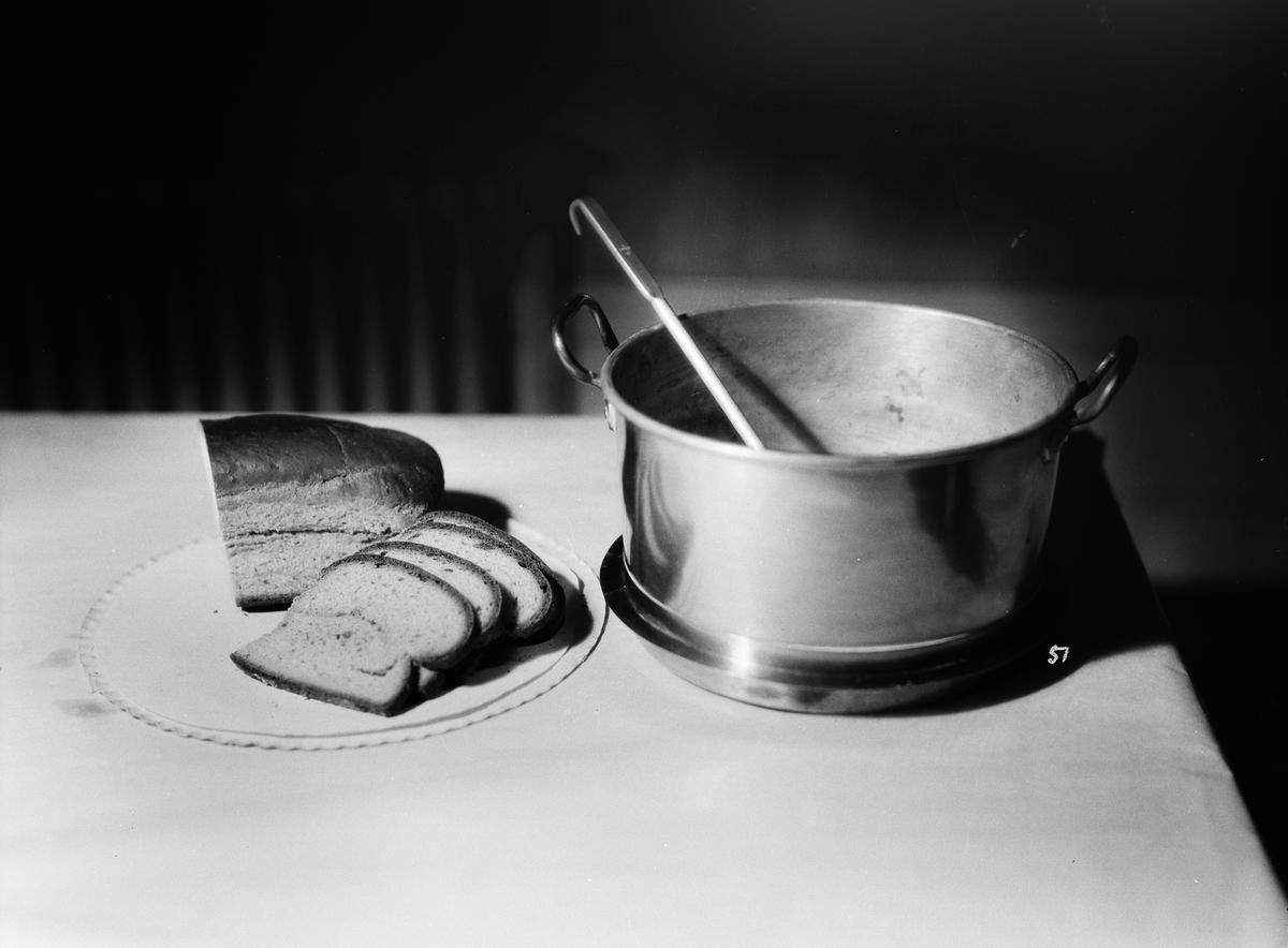 Matlagning, Fackskolan för huslig ekonomi, Uppsala sannolikt på 1930-talet