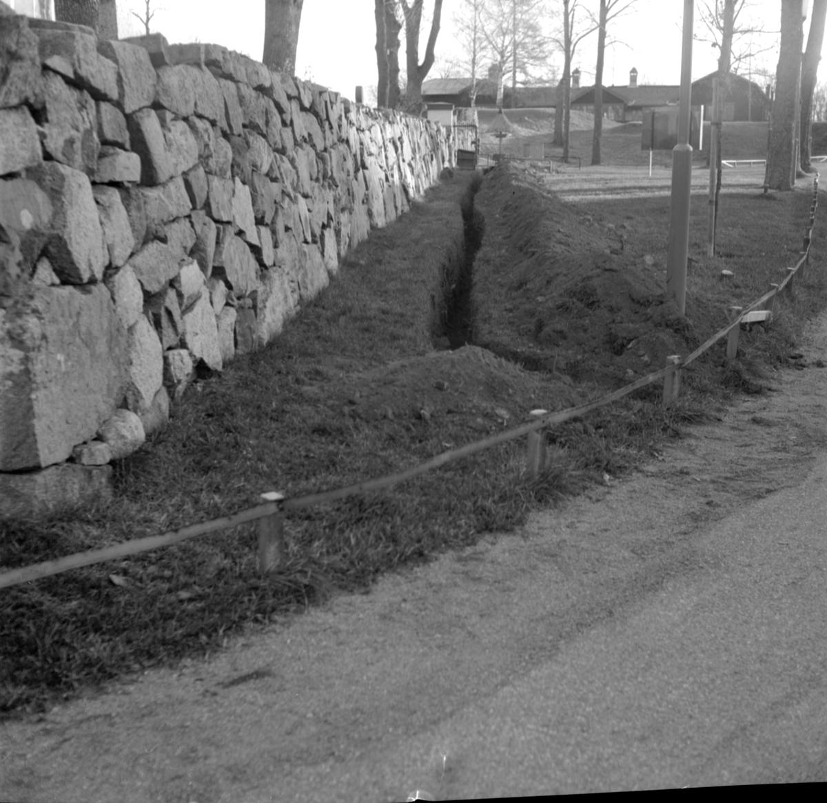 Arkeologisk undersökning, schakt 8, Prästgården 1:1, Gamla Uppsala 1972