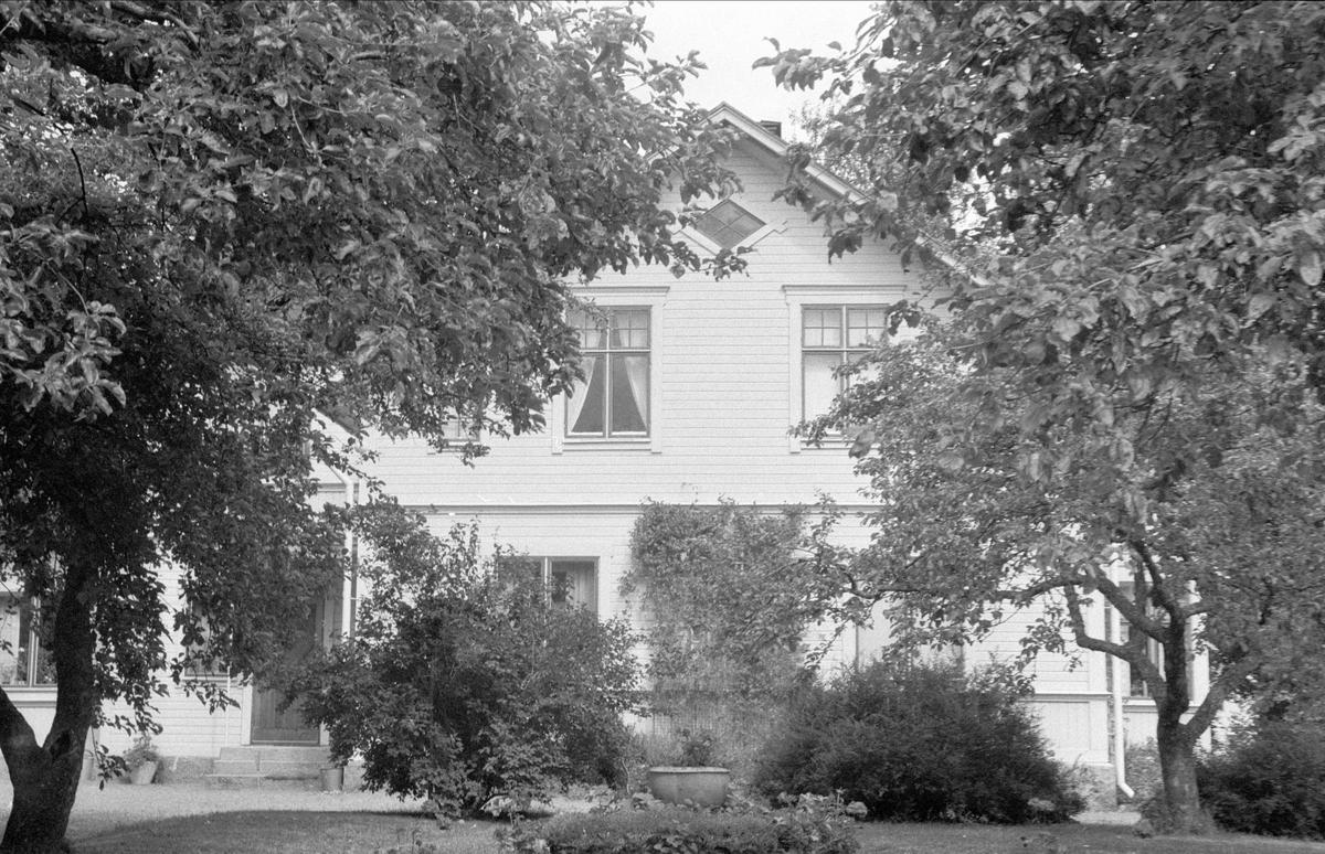 Mangårdsbyggnad, Rosta 3:2, Bälinge socken, Uppland 1976