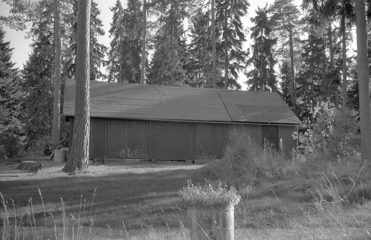 Uthus, Skogsryd, Marielund, Funbo socken, Uppland 1982
