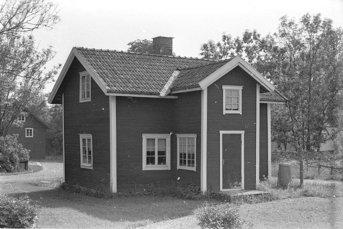 Lillstuga, Österby 5:2 och 5:3, Österby, Läby socken, Uppland 1975