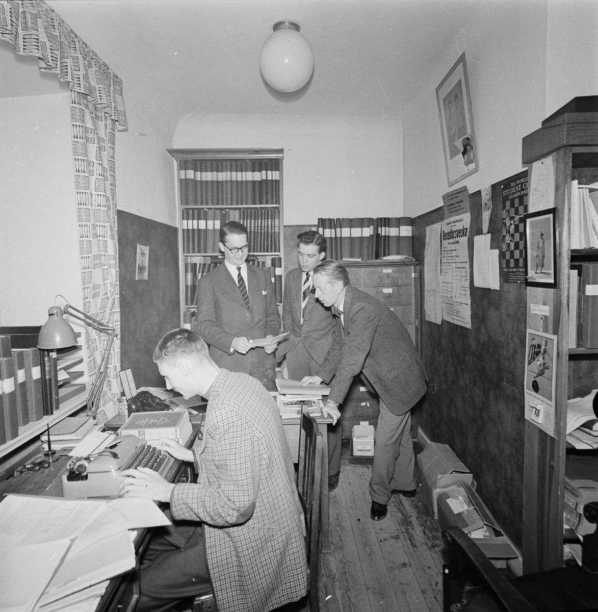 Studentkåren - expeditionslokalerna, Uppsala oktober 1956