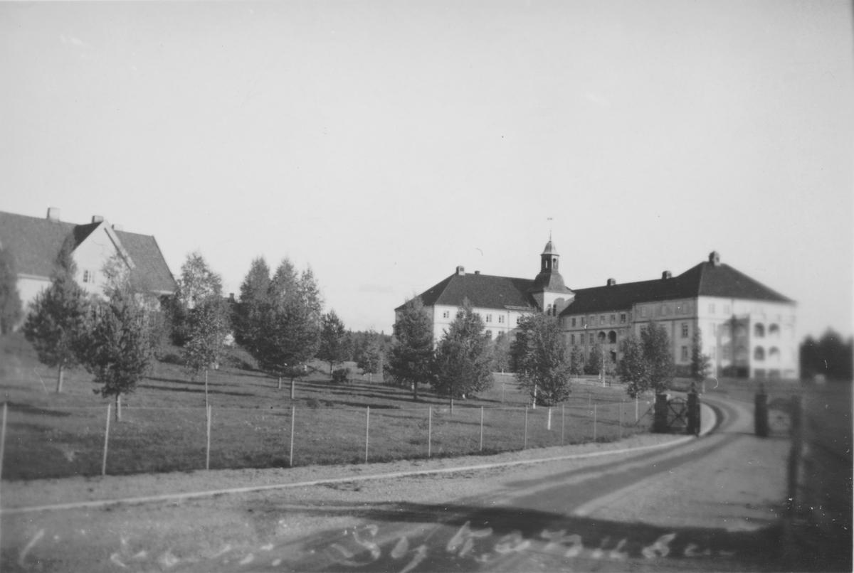 Innkjørsel til Sentralsykehuset, Elverum