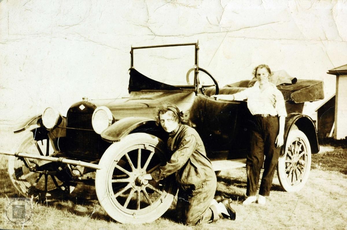 Damer kan også mekke bil.