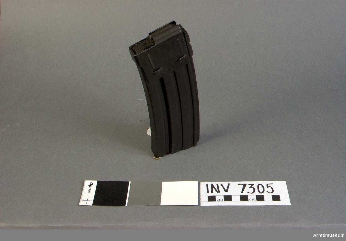 Märkt 108.  Samhörande: AM 7304 automatkarbin och AM 7305 stångmagasin 30-skotts.