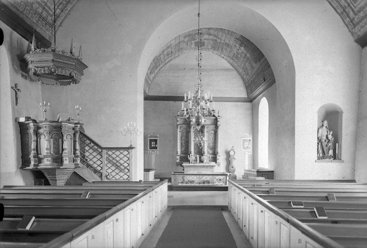 """Enligt AB Flygtrafik Bengtsfors: """"Bullaren Naverstad kyrka int. Bohuslän Gustaf Östedt""""."""