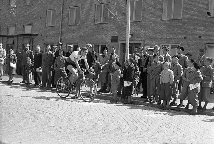 "Enligt notering: ""Backamoloppet 14/6 1949""."