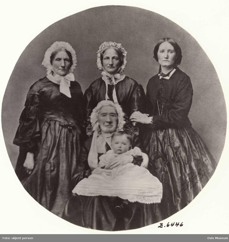 gruppe, kvinner4, jente, fem generasjoner