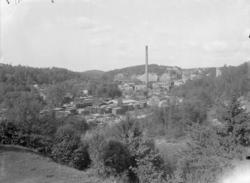"""Enligt medföljande noteringar: """"1943. 27. Munkedals Fabrik f"""