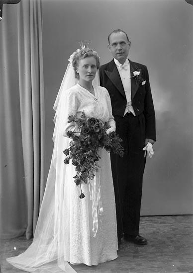 "Enligt fotografens journal nr 7 1944-1950: ""Scherman, Herr Sture Jägareg. 4 Gbg""."