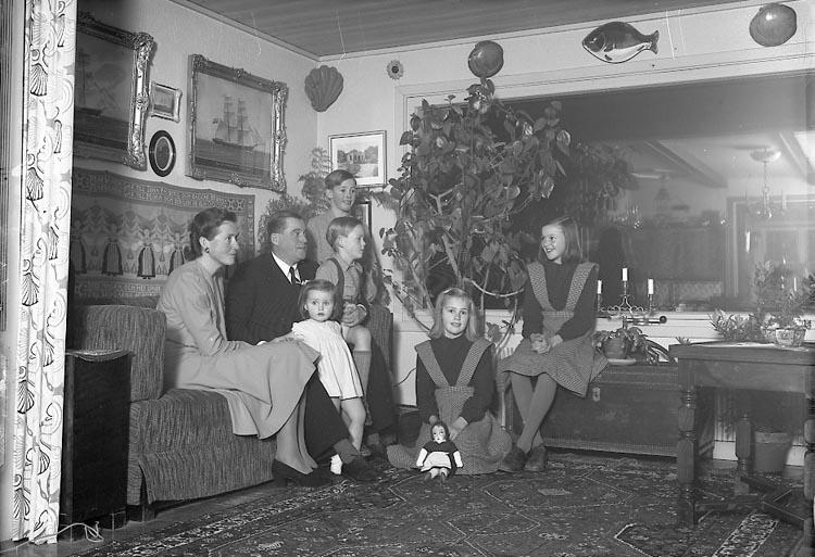 """Enligt fotografens journal nr 7 1944-1950: """"Ekelund, Ingeniör Kvickliden Här""""."""