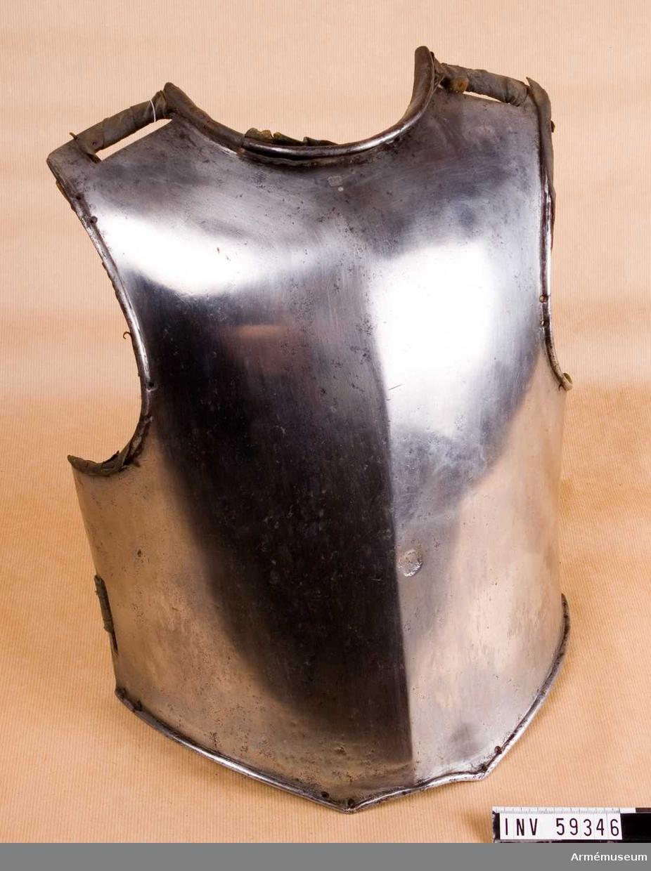 Grupp D IV.  För svenskt kavalleri enligt 1682 års förordning.
