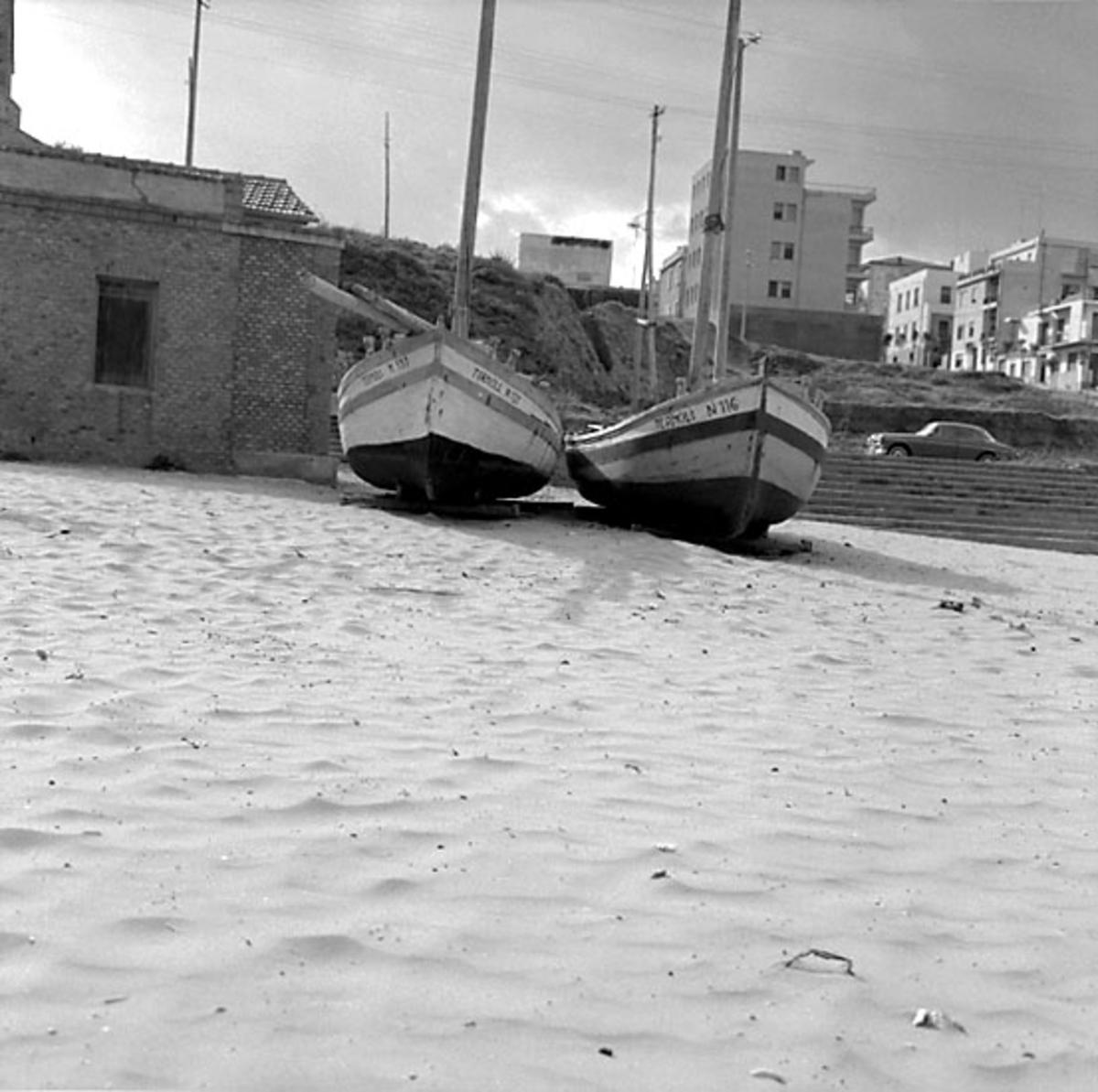 14. Sverige, Italien. Fotojournal finns på B.M.A. + fotoalbum. Samtidigt förvärv: Böcker och arkivmaterial. Foton tagna 1959-10-28. 12 Bilder i serie.