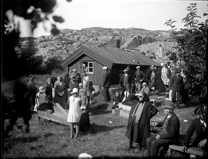 Auktion på 1930-talet hos Ninus på Mon, Stångenäs