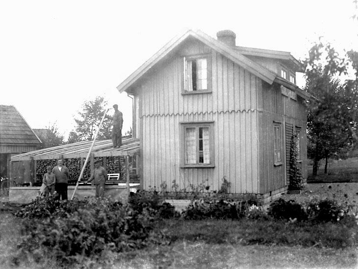"""Enligt noteringar: """"Ombyggnad av bostadshus på Stale, tillhörigt en fabriksarbetare på bruket."""" (BJ)"""