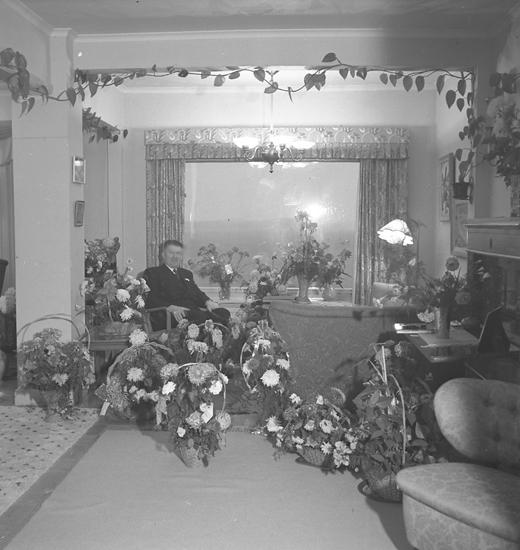 "Text till bilden: ""Disp. S. Flodin. 50 år 19/10. 1948.10.20"""