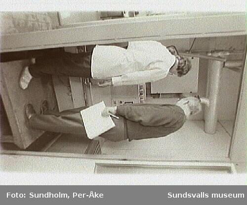 Dokumentation av alumniumsmältverket GA Metall AB. Samtidig dokumentation med Tekniska museet, Stockholm.