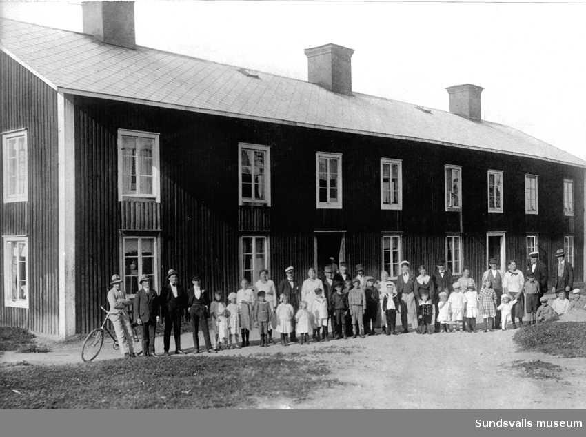 Arbetarkasern vid Nacka sågverk, Alnö.