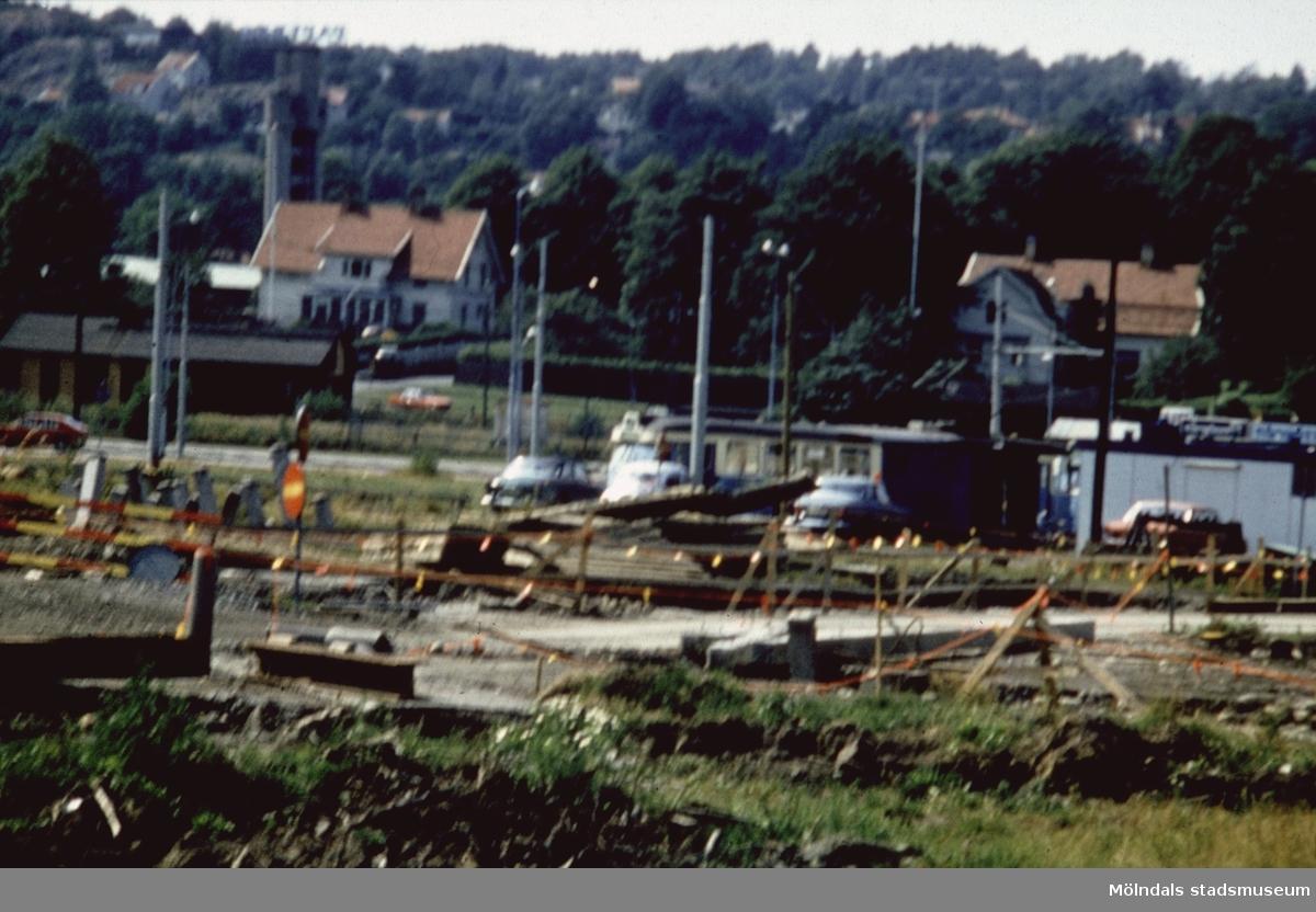 Spårvägens nya vändslinga under byggnation på Broslätt i Mölndal, 1970-tal.