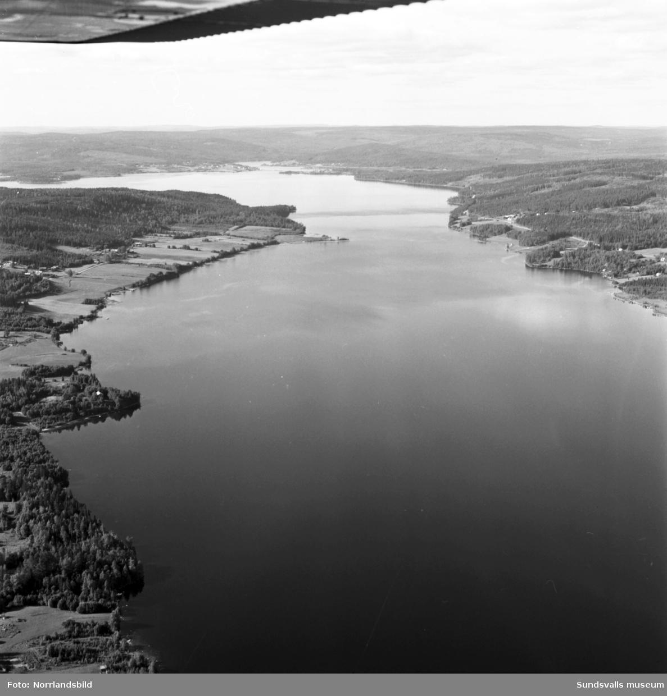 Flygfoton över Liden och Indalsälven med omnejd.