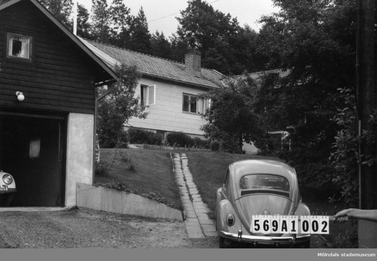 Byggnadsinventering i Lindome 1968. Ingemantorp 1:20. Hus nr: 569A1002. Benämning: permanent bostad och garage. Kvalitet: mycket god. Material: eternit, trä. Tillfartsväg: framkomlig. Renhållning: soptömning.