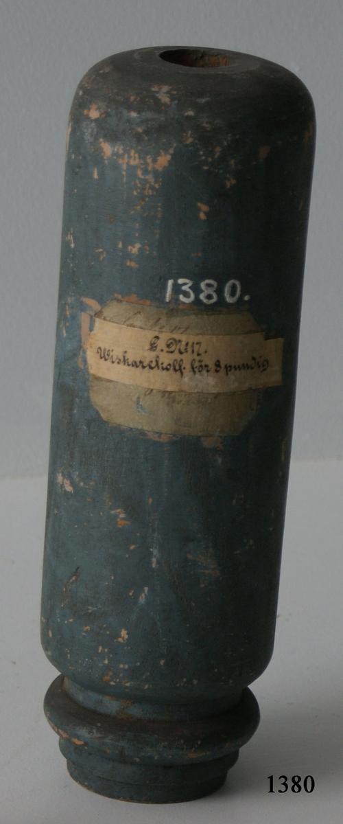 Viskarekolv, av trä, till 8-pundig kanon.