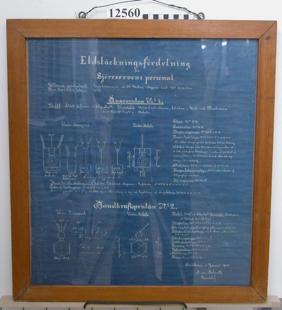 Eldsläckningsfördelning för sjöreservens personal. Daterad: Carlskrona i januari 1904 A. von Schoultz Brandchef Inom glas och ram. Neg.nr 4989