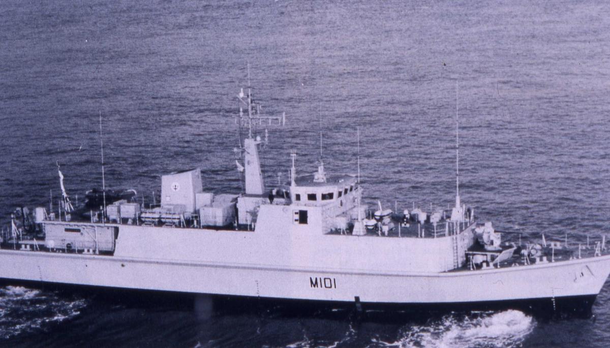 Engelsk fartøy av Sandown - klassen som heter Sandown med nr. M 101.