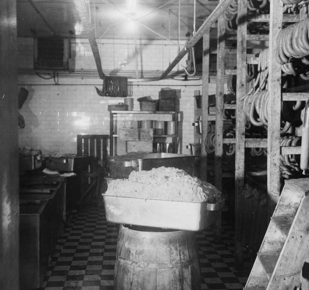 Övrigt: Interiört slakteriet på Stumholmen. Byggnaden revs 1992.