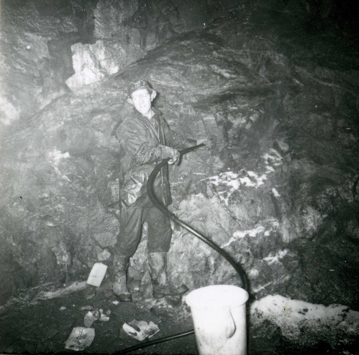 Tilløpstunnel frå Vesås. Tunnelarbeid