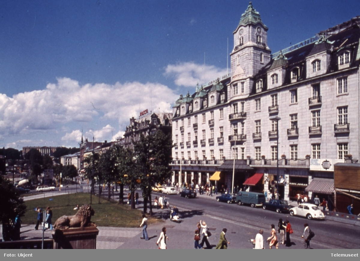 Oslo, Karl Johans gate, Grand Hotel