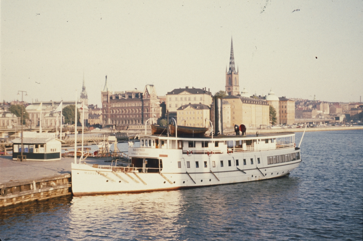 S/S Mariefred vid Stadshuskajen, Stockholm