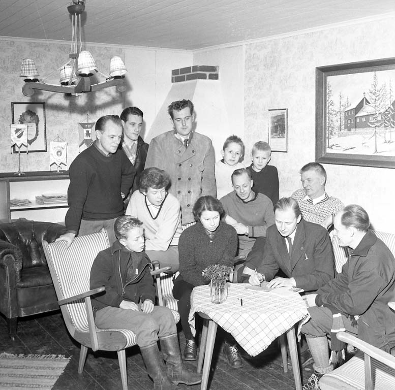 """Enligt notering: """"Orinternsmöte Sportstugan Jan 1961""""."""