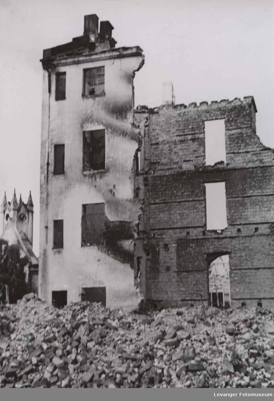 Utbombet bygning, fra Steinkjer