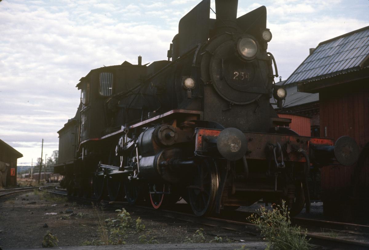 Damplok type 27a nr. 234 på Kongsvinger stasjon.