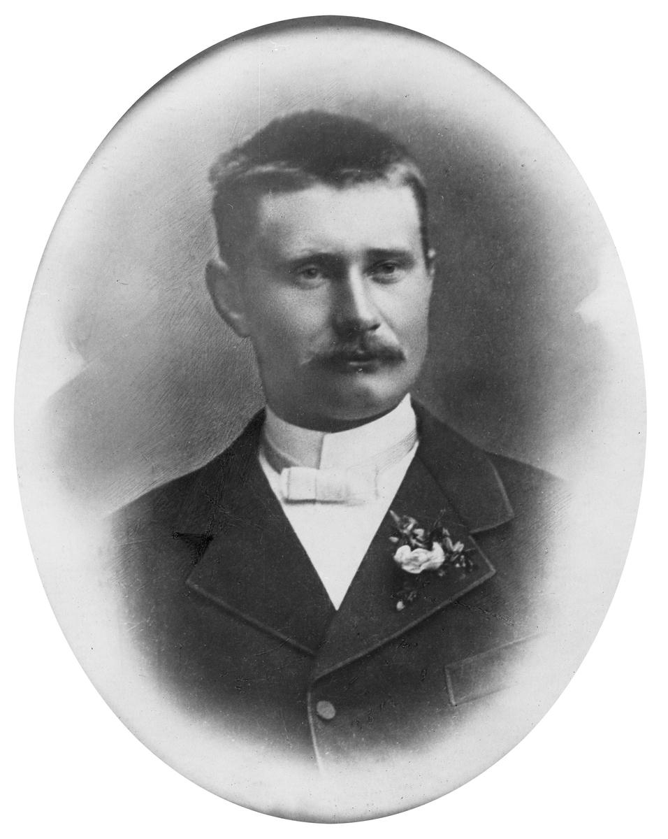 Portrett av Erik Sand Tysdal (1865 - 1929)