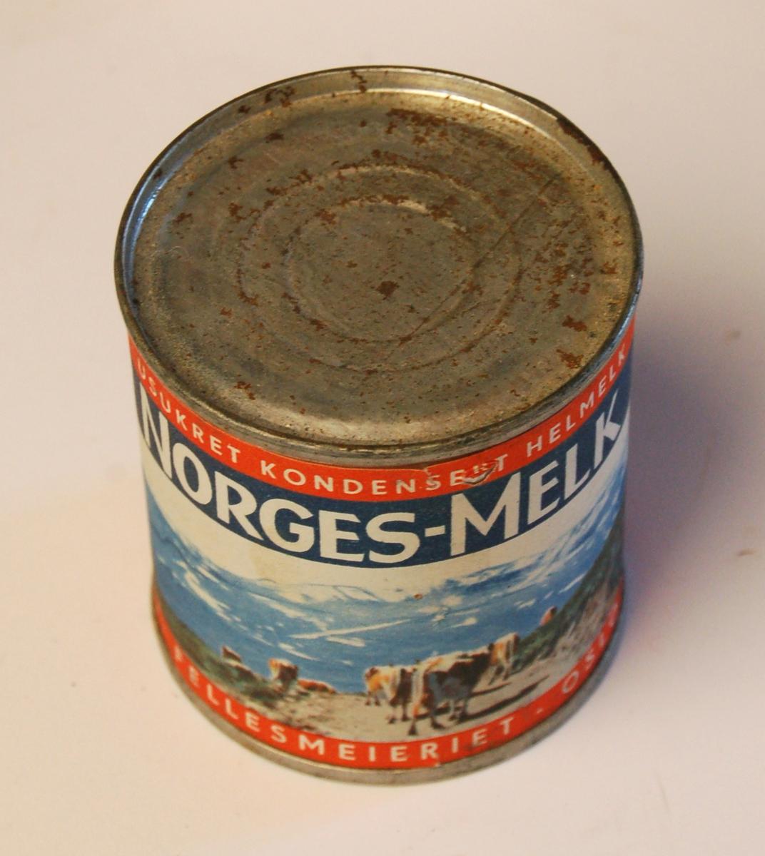 Sylinderforma hermetisk lukket boks til melkeprodukt.
