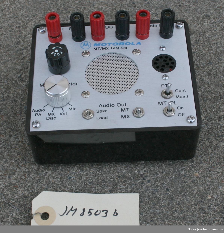 Testinstrument for vedlikeholdsradio Fabrikat:  Motorola  Type  MT/MX Test Set Model no. RTX-4005A Serial no. 261CGL0339