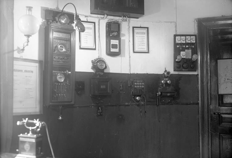 Samtidigt förvärvat: UMFA54986:0001 - Seriekamera, affärsskylt.
