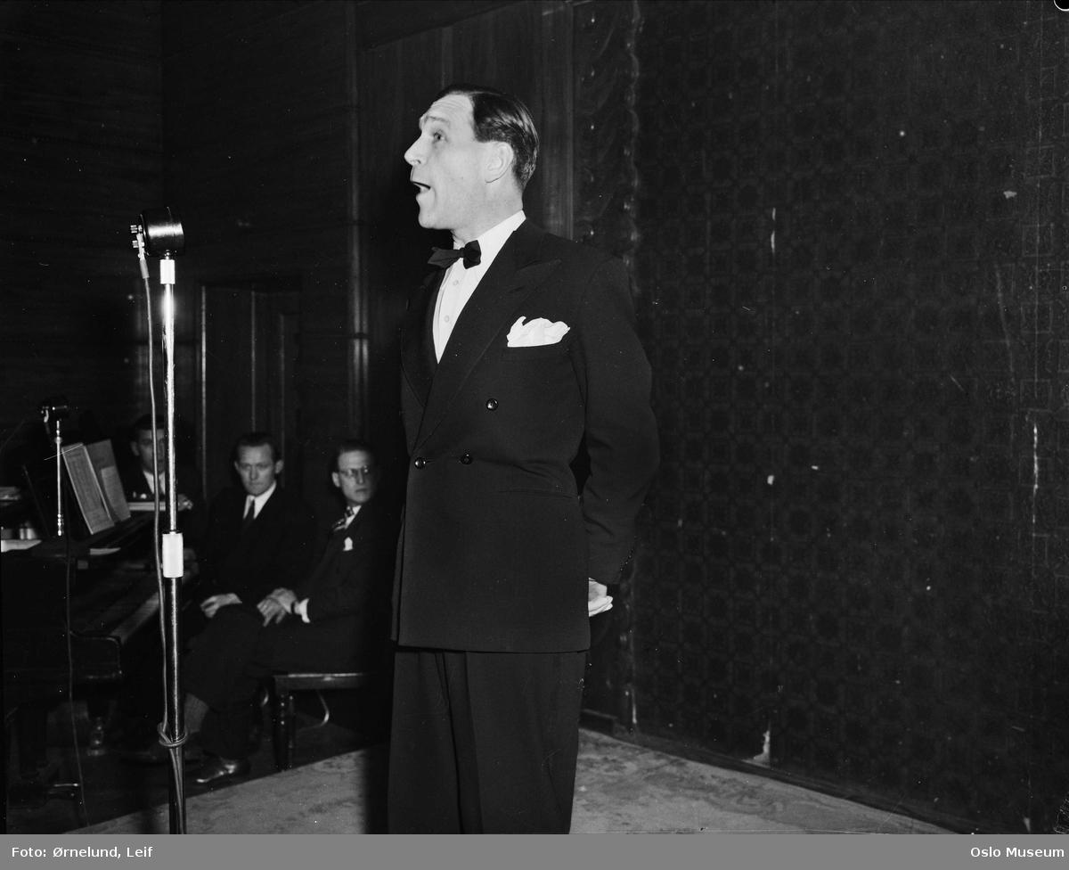 Bang-Hansen, Arne (1911 - 1990)