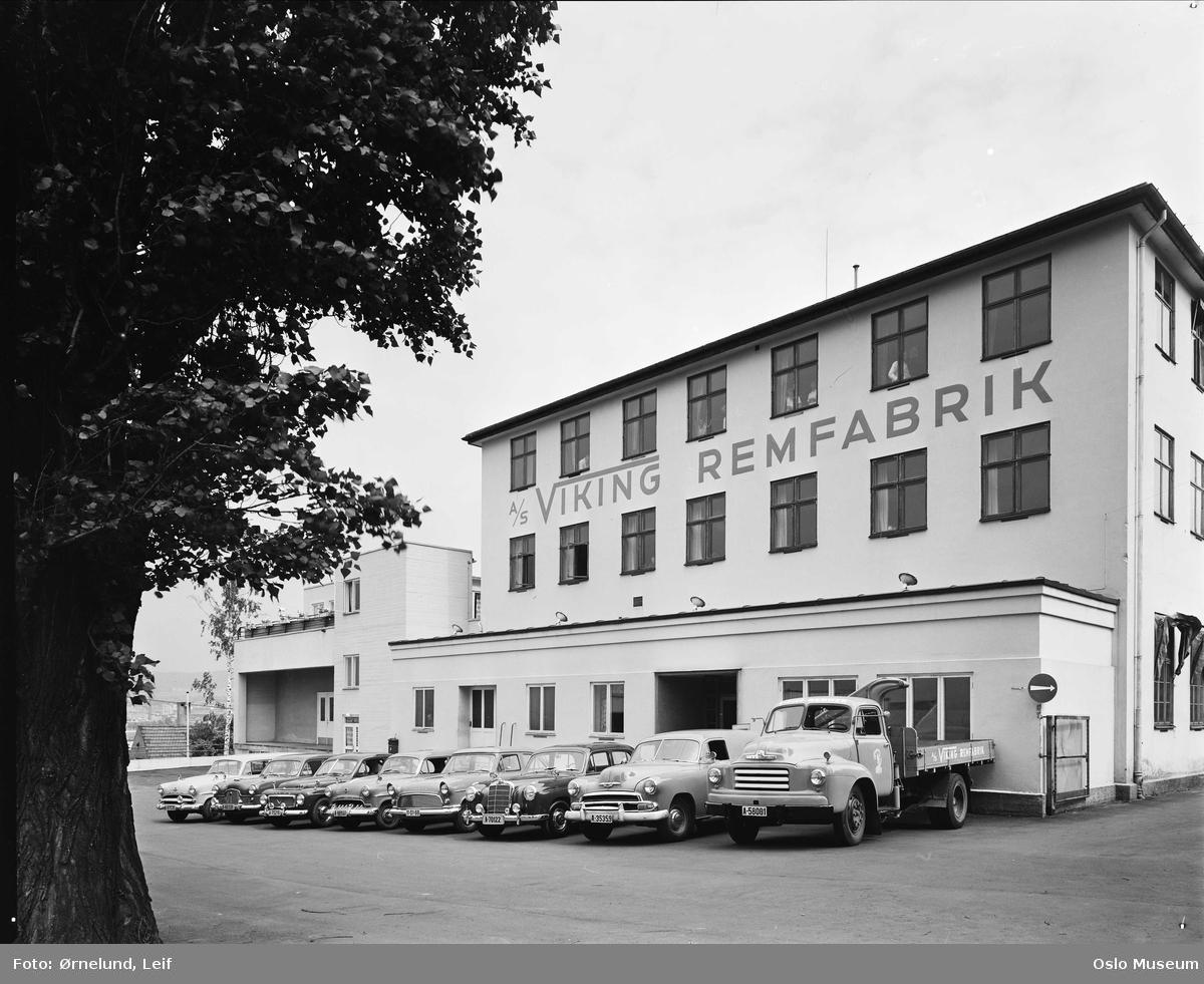 Viking rem- og pakningsfabrikk, biler