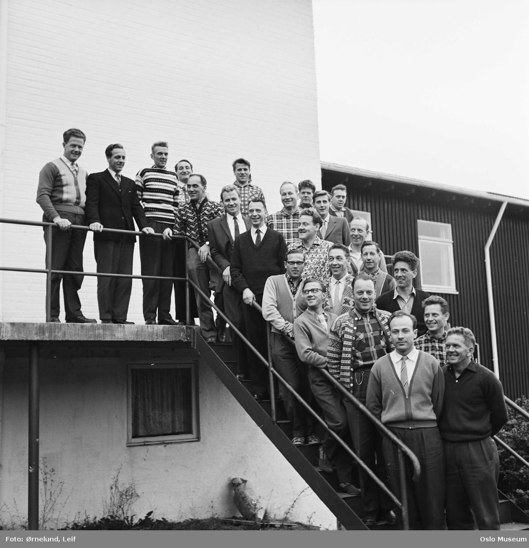 Sørmarka folkehøgskole, gruppe, elever, trapp