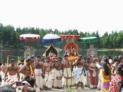 Hinduisme, Sivasubramanyar Alyam, tempel, Tiruvela, badefest