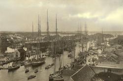Seilskip - småfartøy - sjøhus - Hasseløysund