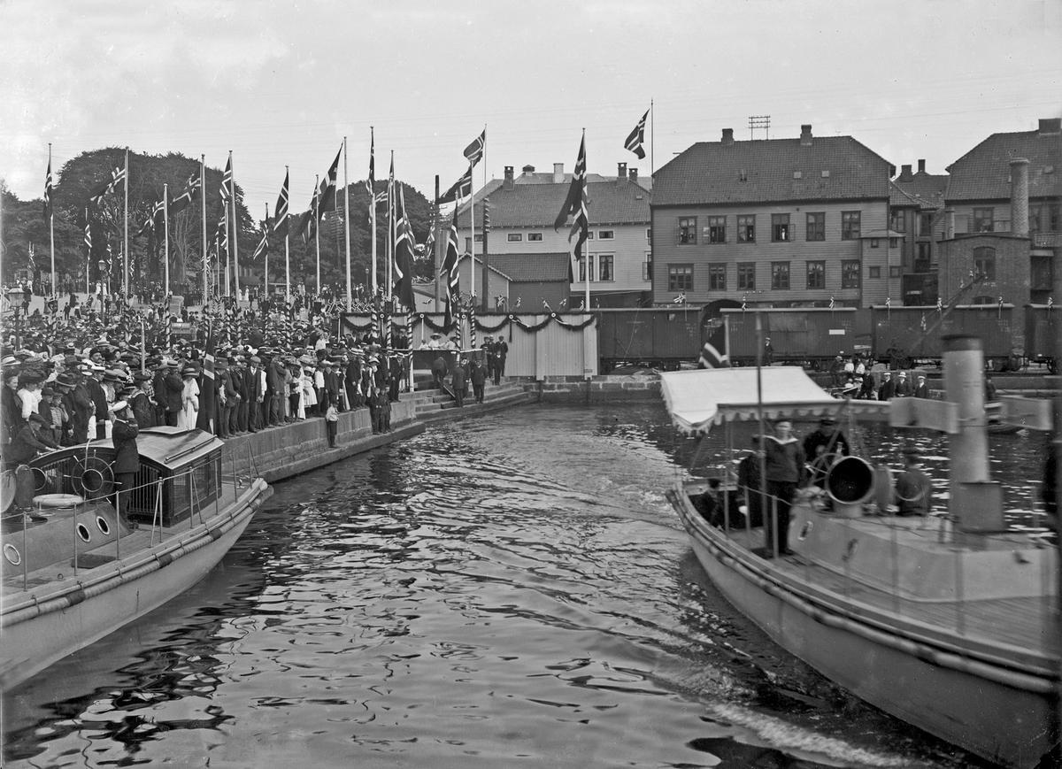 Havnebilde - Kongebesøk i 1906